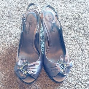 Lulu Townsend 8 Silver Shoes Valissa Royal Silver